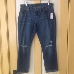 NWT Gap Denim, Girlfriend Jeans